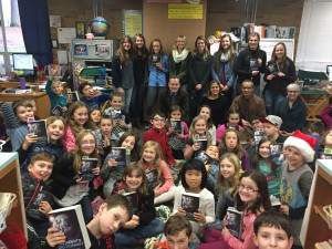 Superintendent Snell, Rotary and CHS Interact Club members presented our 3rd graders with their own dictionary and shared about service. Thank you!