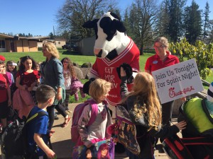 The Chick-fil-a Cow came to visit Lacamas! Thank you families who supported our Dine-Out Event.